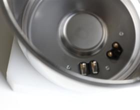 Boccale in acciaio inox per il settore della robotica da cucina.