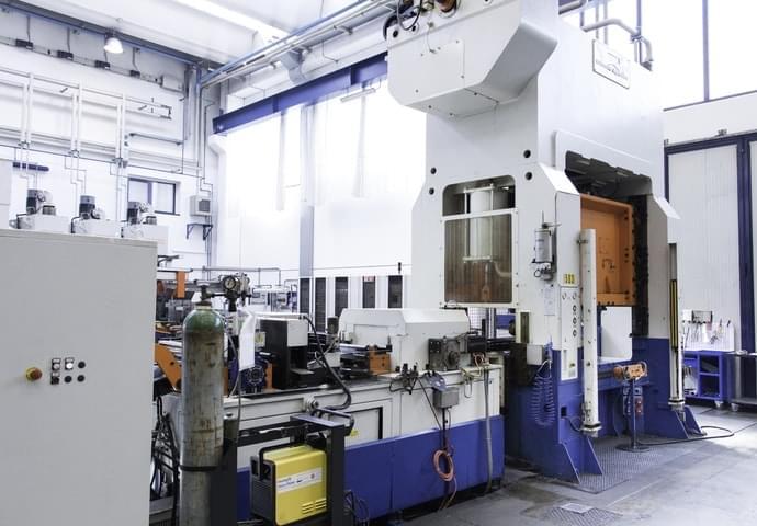 Macchine tranciatura metalli 1