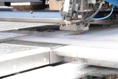 taglio-laser-acciaio